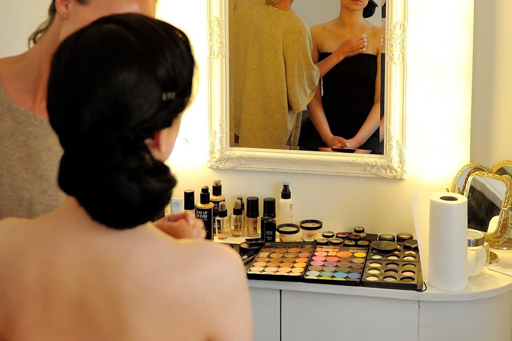 Jaunosios makiažo paslaptys - www.vestuviupadejejas.lt